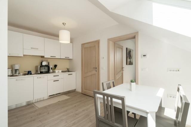Owl - kitchen